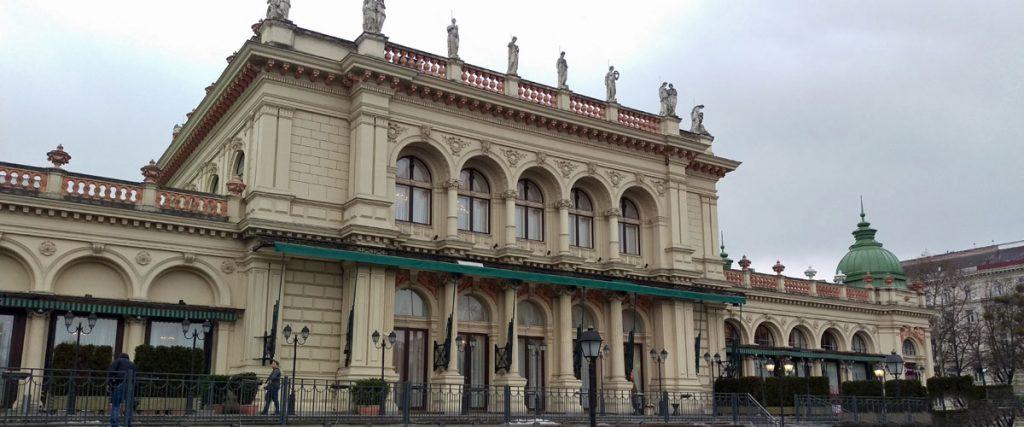 Johann Strauss Ball Vienna Dance Break Weekend Venue